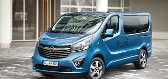 Opel Vivaro 9seater long